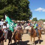 Cavalgada em homenagem ao centenário do Cel. Almeida realizada pelo Centro Educacional do Carinhanha